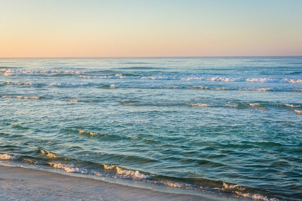 beautiful photo of Panama City Beach at sunrise